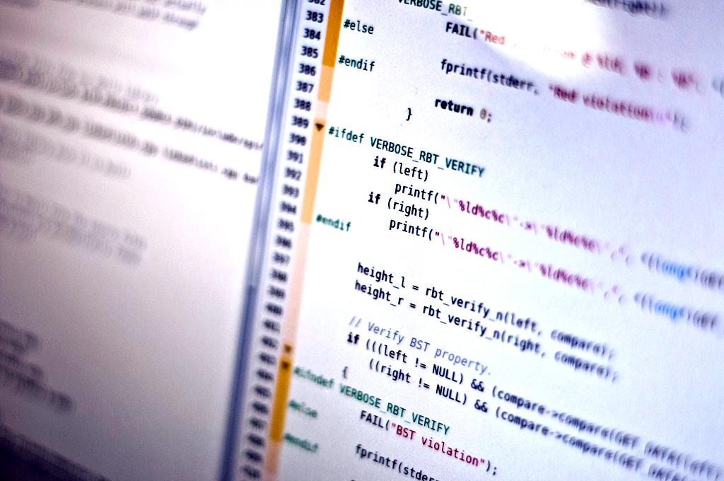 Code (Michael Himbeault)